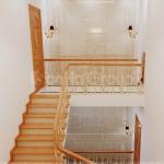 9 Trang trí nội thất sảnh thang nhà ống hiện đại tại sài gòn sh nod 0222