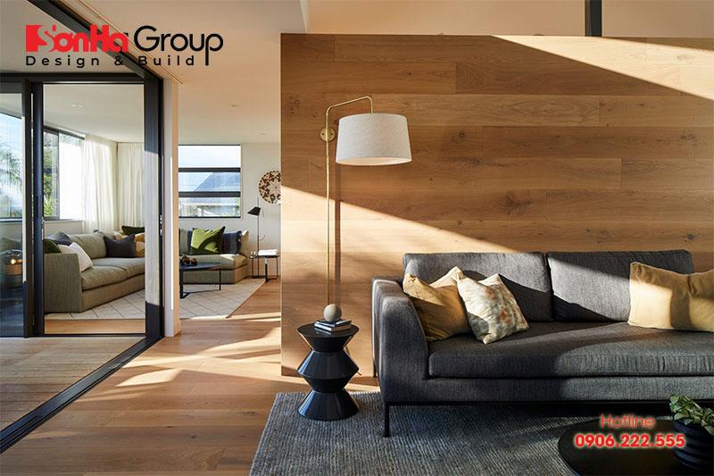 Gạch giả gỗ mang lại cảm giác ấm áp cho không gian