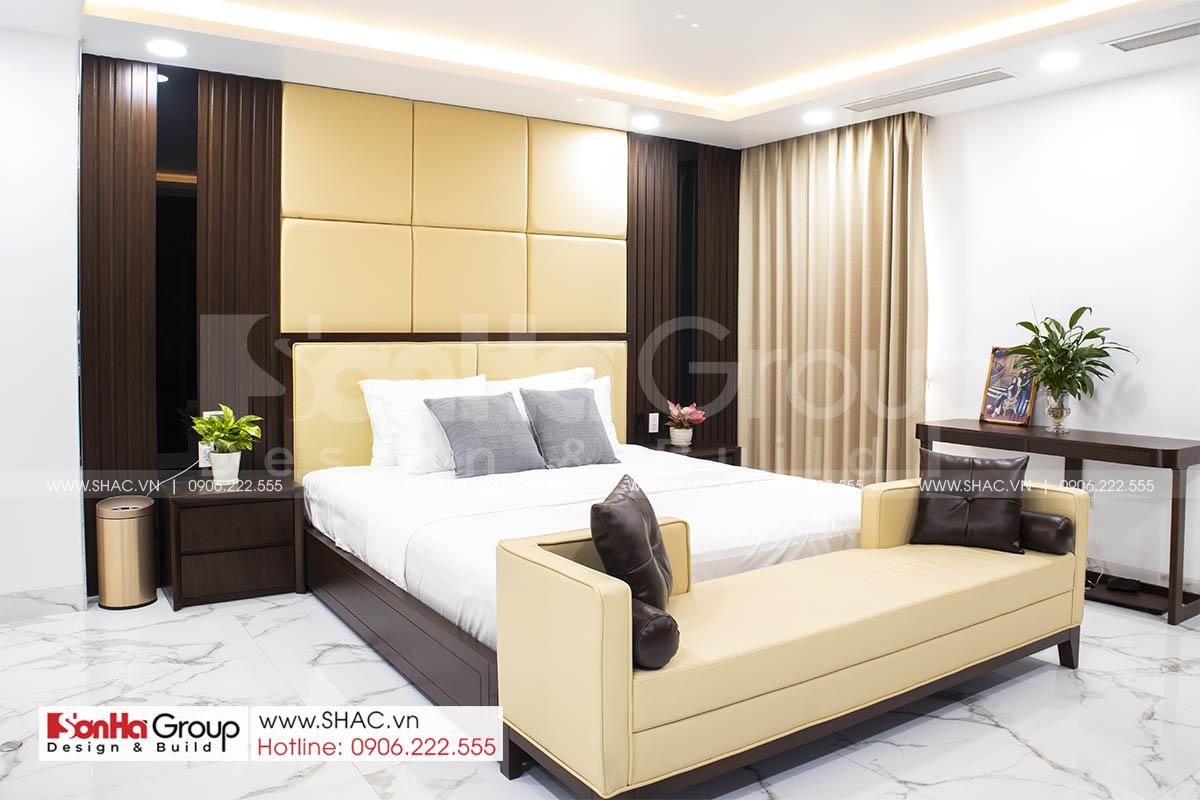 Nội thất phòng ngủ master trong biệt thự hiện đại